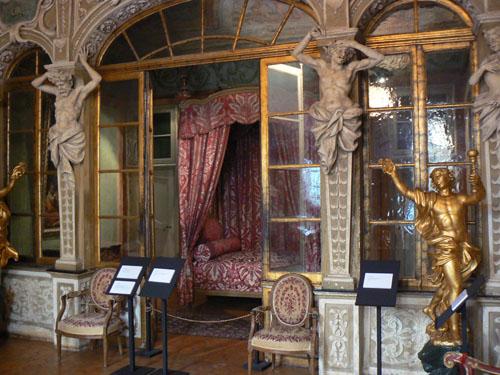 chambre palais lascaris.jpg