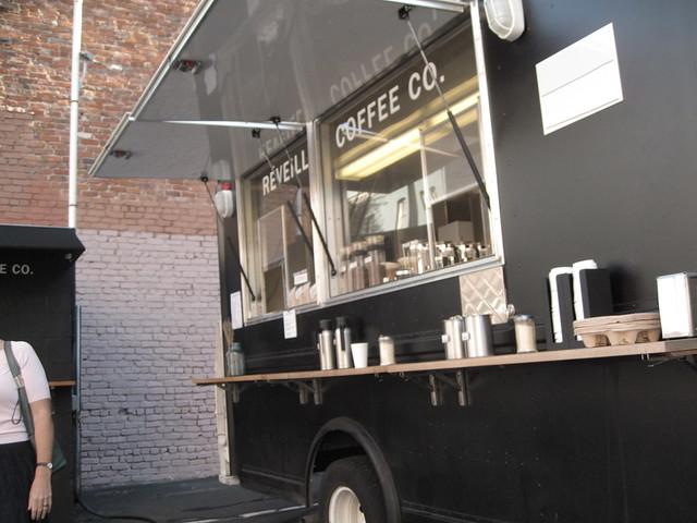 réveille coffee truck