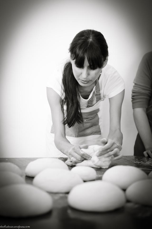 8169094668 7d918f40ca o Poze si impresii de la atelierele de paine din Bucuresti