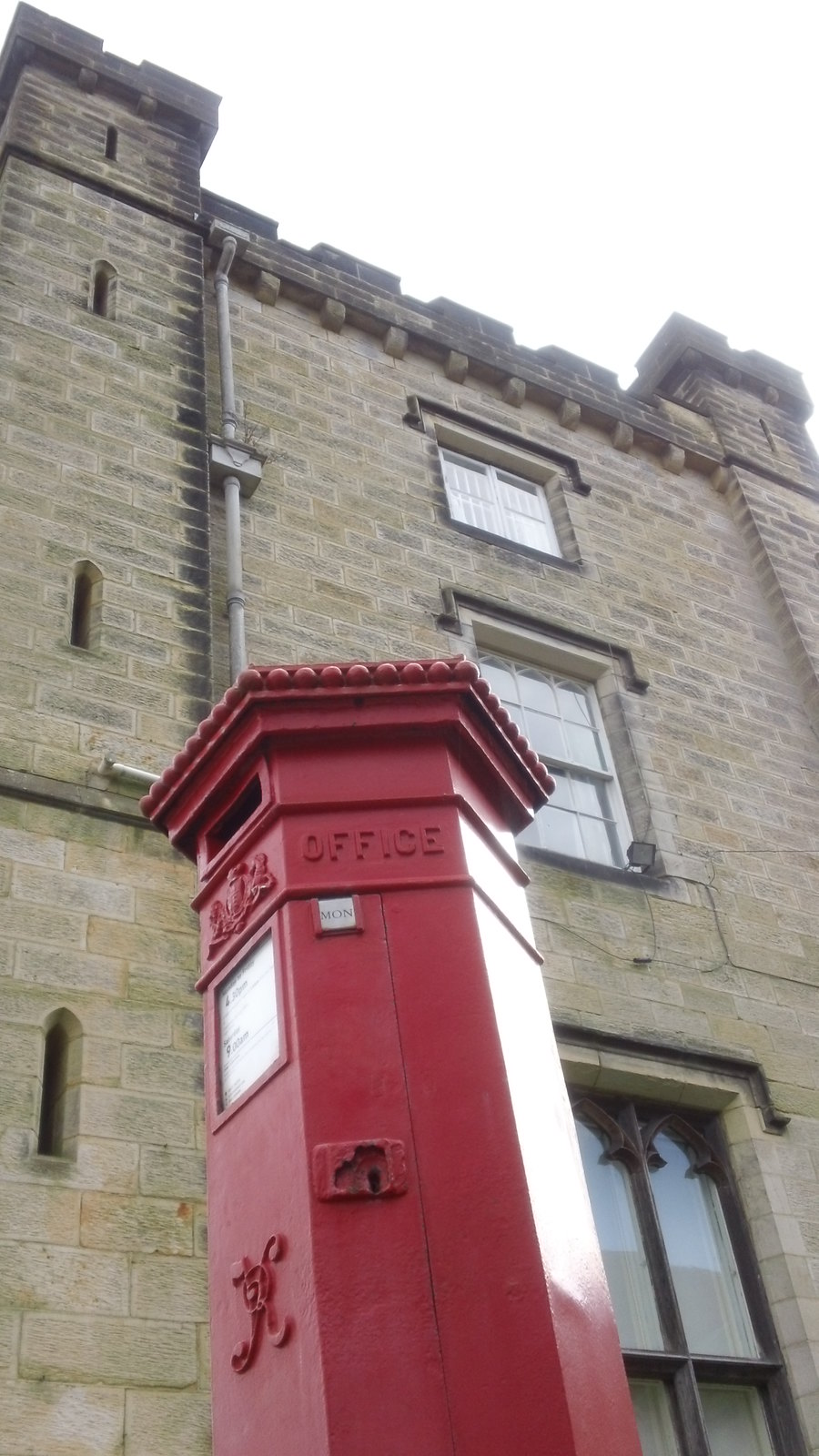 Old letterbox Chiddingstone Castle