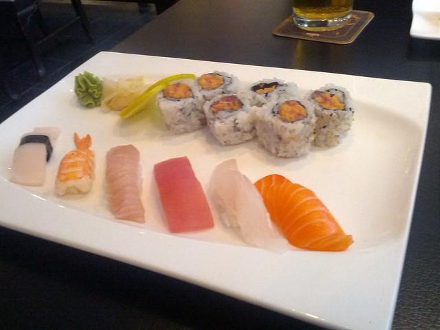 Kame Sushi Combo