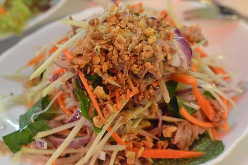 Remember Saigon: Beef papaya salad