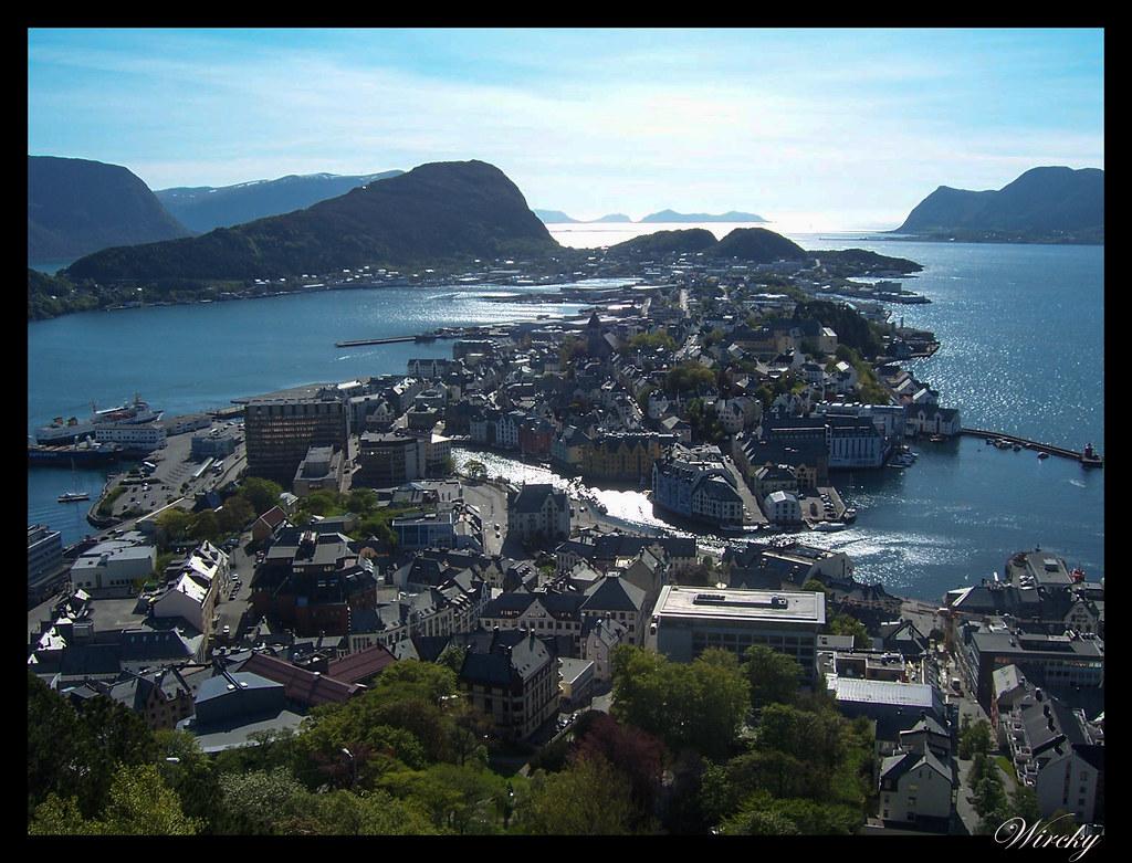 Ruta viaje fiordos noruegos - Ålesund desde el Monte Aksla