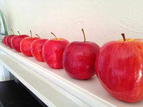 Paper mâché apples