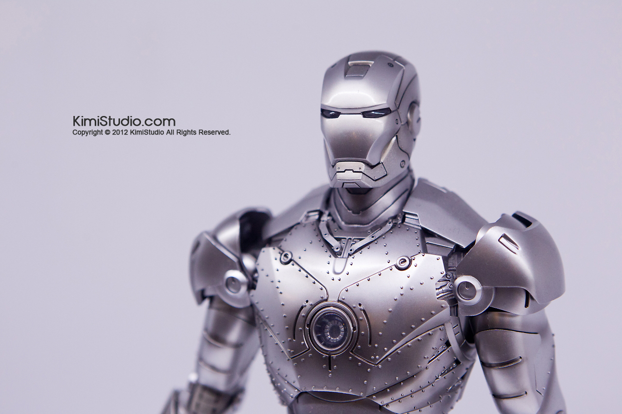 2011.11.12 HOT TOYS-052