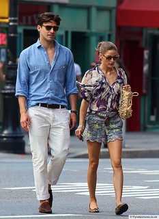 Olivia Palermo Clashing Prints Celebrity Style Women's Fashion