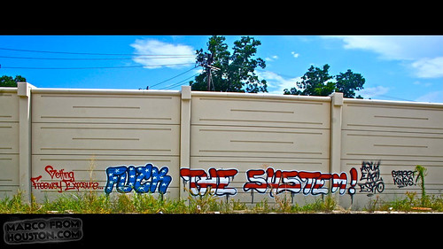 4th of July Graffiti -- Agua, Earl, Esro (Houston Graffiti)