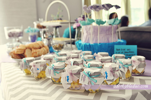 diy baby food jar favors for parties, events, showers - adorkableduo.com