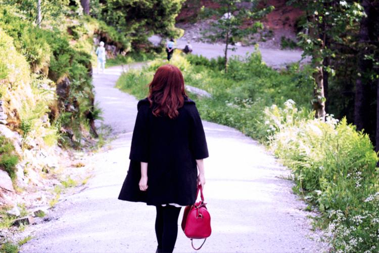 pt 1 - walking on floyen