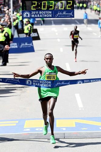 Geoffrey Mutai Maraton de Boston 2011