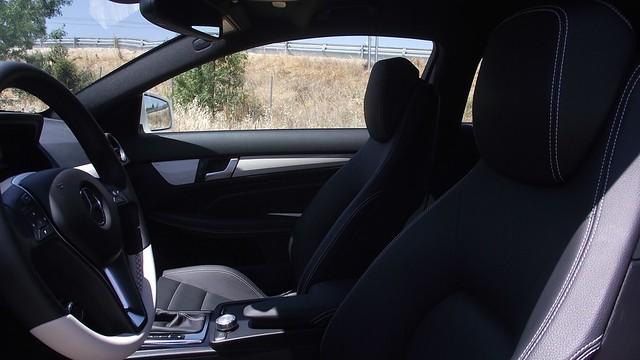 Prueba Clase C Coupe 220 cdi interiores (13)