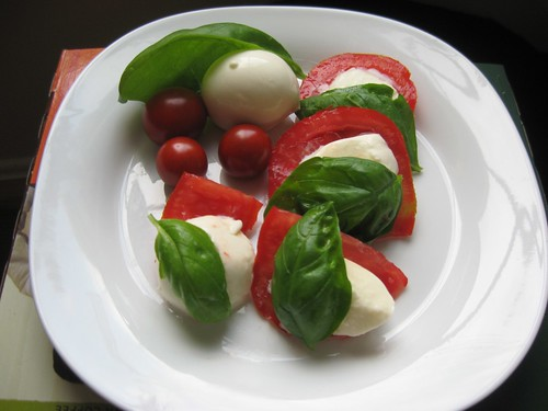 backyard caprese salad