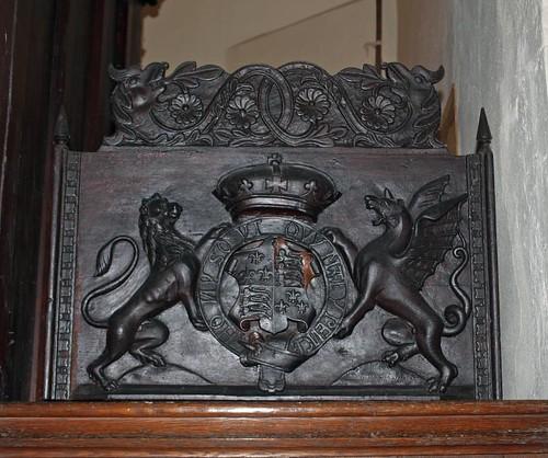 Elizabethan arms