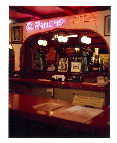 el rancho lobby desk