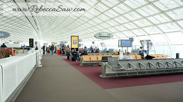 Paris Charles de Gaulle Airport - rebeccasaw (43)