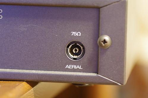 QUAD FM4はPALコネクタのメス