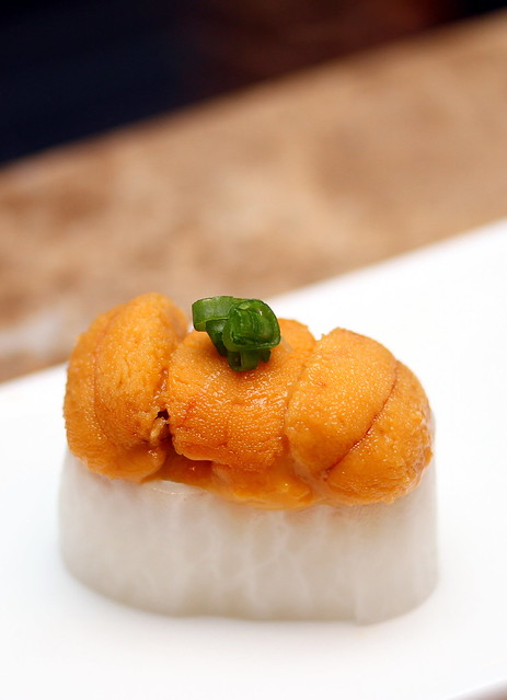 Bay Sushi: Uni (Sea Urchin)