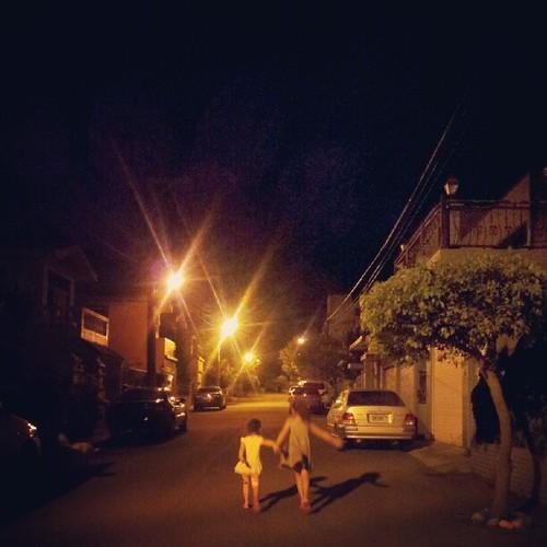 20120825 涼涼的 散散步吧!