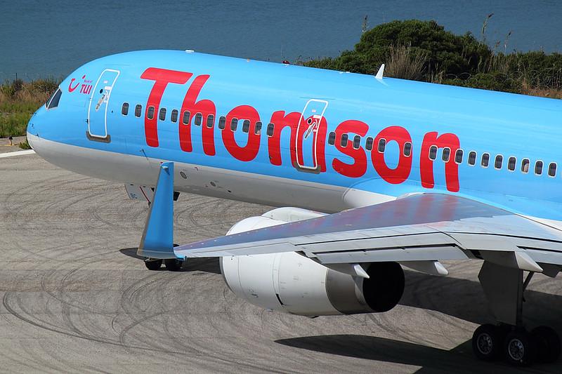 Thomson - B752 - G-OOBC (2)