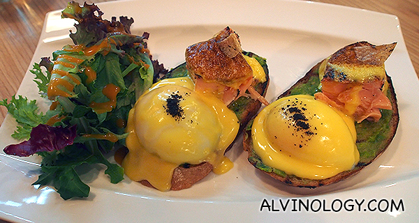 62 Degree Eggs Benedict - Smoked salmon, avocado, seaweed crumbs on sourdough with in-house hollandaise sauce (S$22)