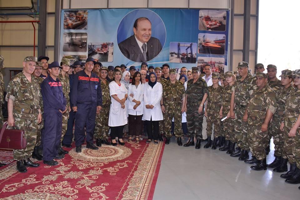 الصناعة البحرية العسكرية الجزائرية [ زوارق ] 27105348623_d70f218898_o