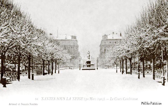 cours Cambronne à Nantes lors des chutes de neige du 30 mars 1915 météopassion