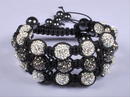 Bracelete shambala by Vivianny Arte e Cia
