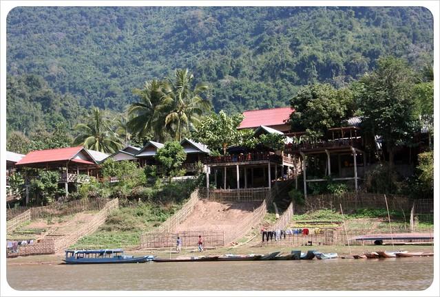 muang ngoi neua from river