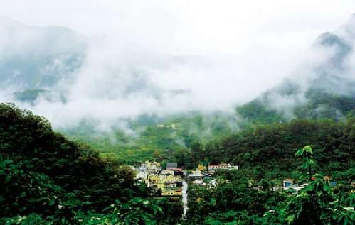 魯凱下三社位於高雄市茂林區一帶群山之間。(圖片來源:林務局提供)