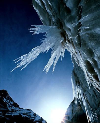 K gangotri-glacier-1983-sw