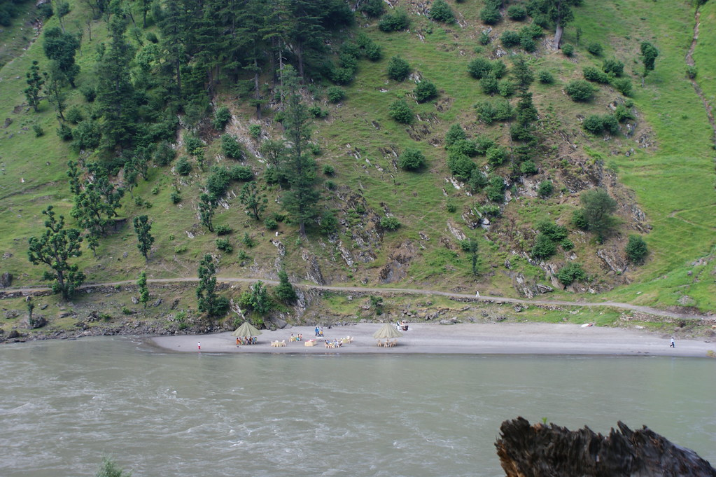 """MJC Summer 2012 Excursion to Neelum Valley with the great """"LIBRA"""" and Co - 7588314520 e4b26225d1 b"""