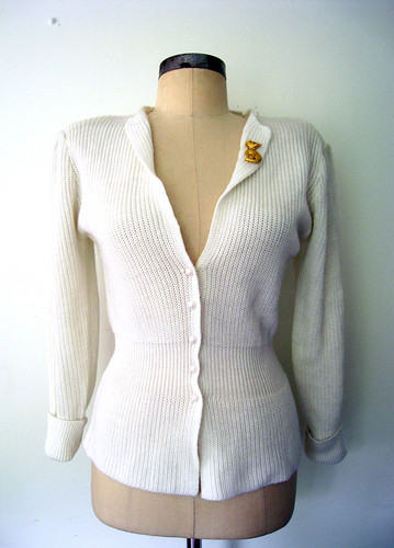 Cozy White Feminine Fit Cardigan Sweater, vintage 80s