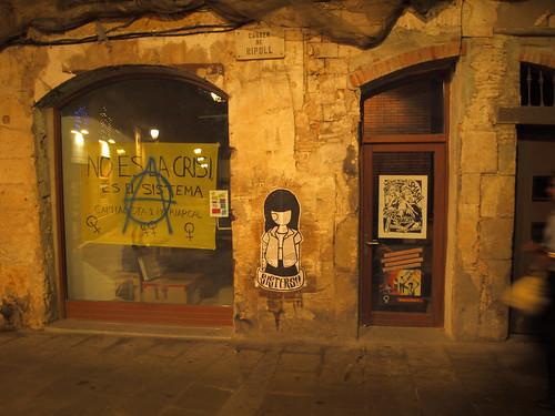 Dona Baretta als carrer de Barcelona