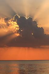 [フリー画像素材] 自然風景, 雲, 朝焼け・夕焼け, 河川・湖, 風景 - アメリカ合衆国 ID:201208292000