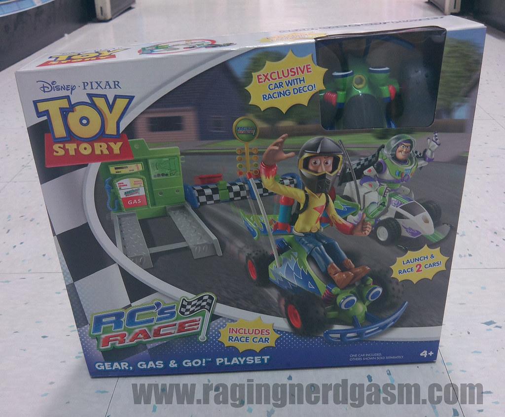 Toy Story Action figuresRC's RaceGear Gas & Go Playset011