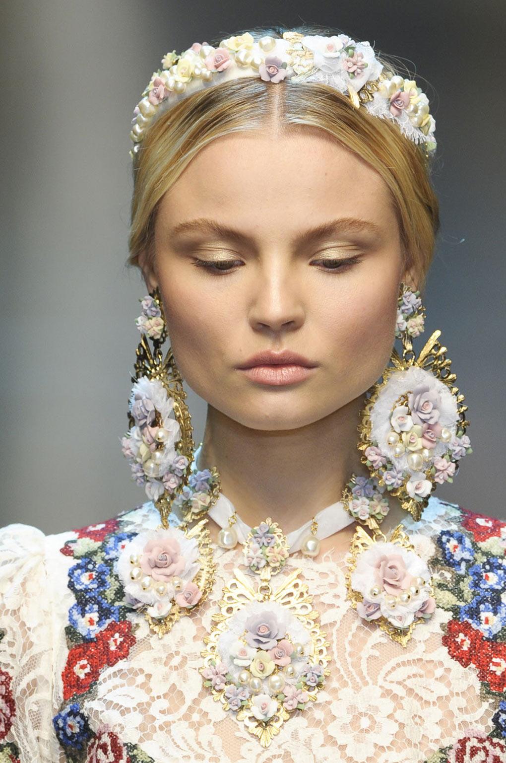 Dolce+Gabbana+Fall+2012+Details+WM0YvaQ54V7x