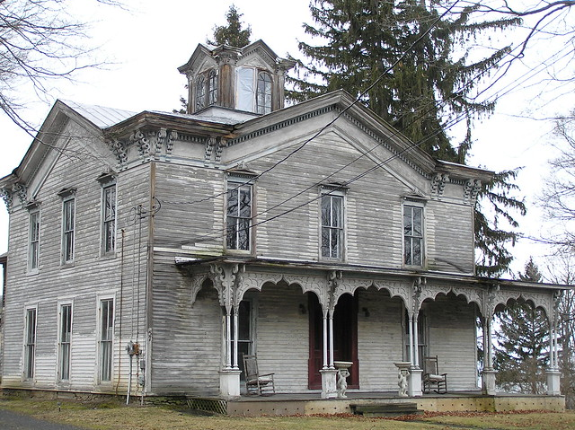 Haunted house flickr photo sharing for Abandoned mansions in new york for sale