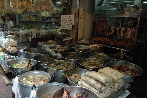 肉中心のお総菜