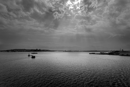 travel cruise vacation water contrast canon newjersey afternoon cloudscape buoy waterscape uppernewyorkbay lightblackandwhite celebritysummit 5dmkii ef1740f40lusm portbayonne