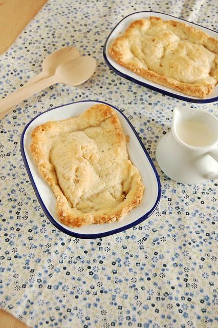 Gingered pear and raspberry pandowdy / Pandowdy de pêra e framboesa com um toque de gengibre