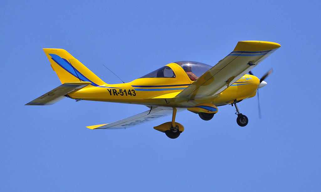 AeroNautic Show Surduc 2012 - Poze 7489918264_af59cc186a_b