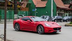 automobile(1.0), ferrari 599 gtb fiorano(1.0), wheel(1.0), vehicle(1.0), performance car(1.0), automotive design(1.0), ferrari california(1.0), ferrari s.p.a.(1.0), land vehicle(1.0), luxury vehicle(1.0), supercar(1.0), sports car(1.0),