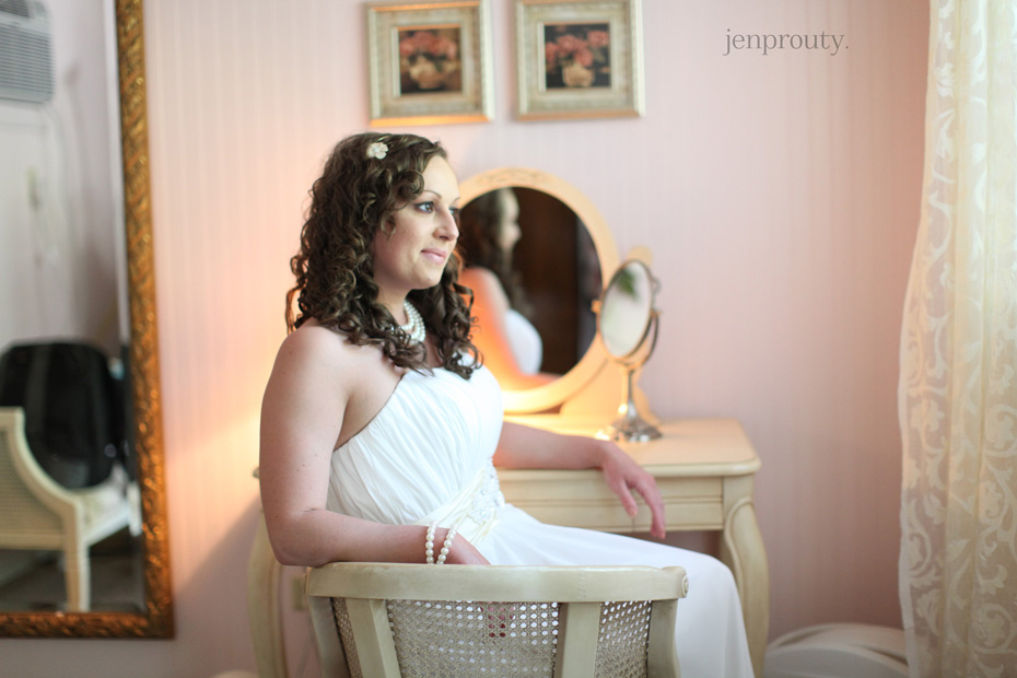 4jen prouty michigan wedding photographer