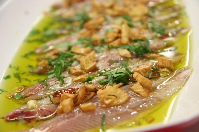 Lomos de sardinas al ajillo
