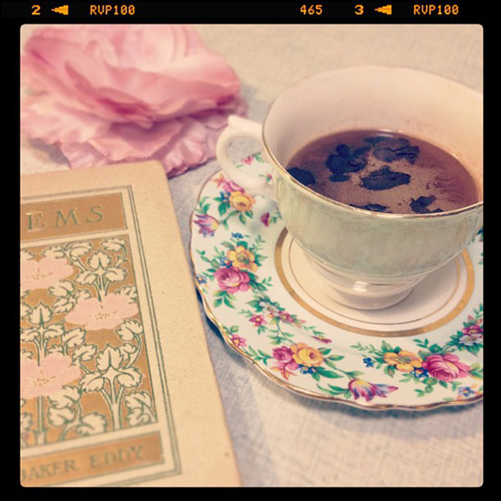 laneway_esme instagram vintage book hot chocolate teacup