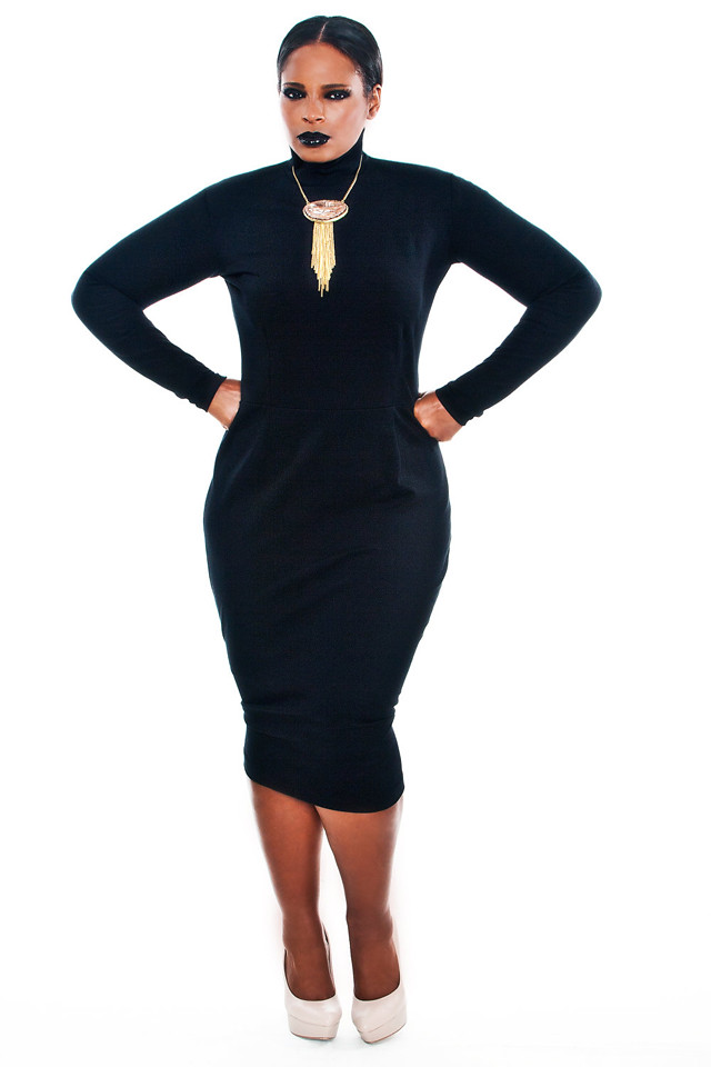 Plus size velvet bodycon dress