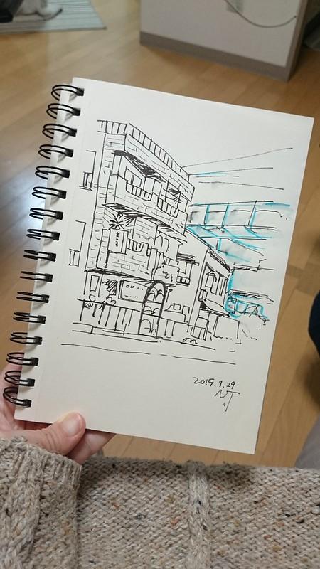 1階がお店になっているアパート