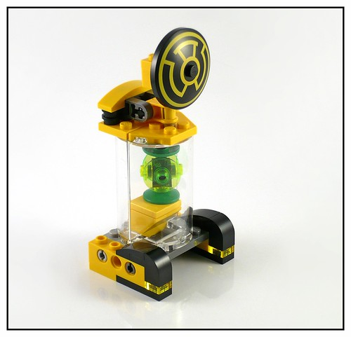 LEGO DC Super Heroes 76025 Green Lantern vs. Sinestro 01