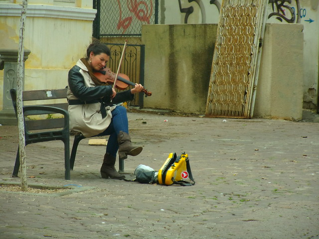 Violinist on King George St