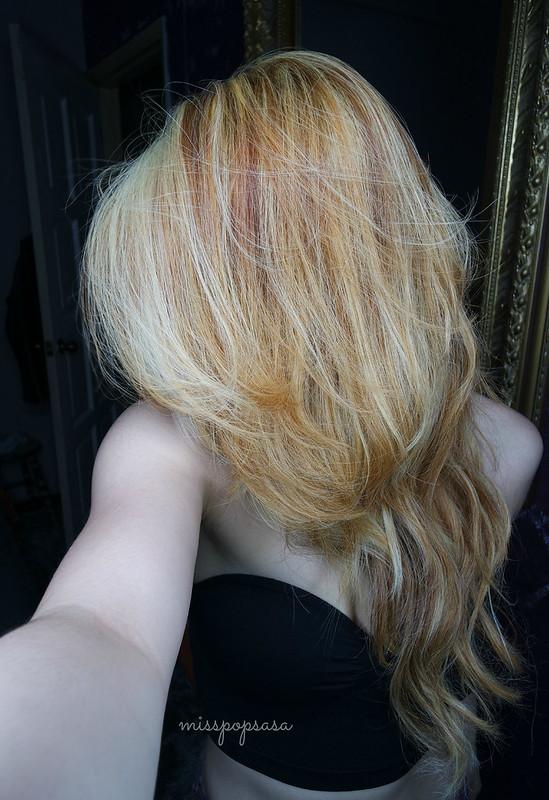 blonde08